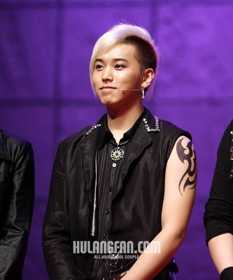 [071005] Korean Entertainers Awards 071005awards12hj4_zpseq6pkyai