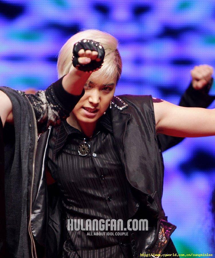 [071005] Korean Entertainers Awards 071005awards14gx3_zpsrdjxkqjq