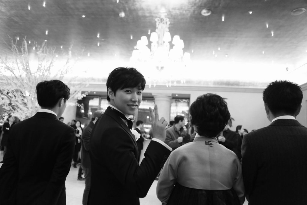 [141213] SungMin's Wedding - Página 3 160221wed2_zps40fkoblr