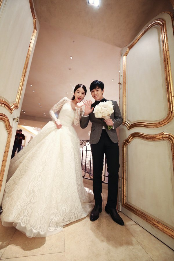 [141213] SungMin's Wedding - Página 3 160221wed_zpshz01eo6t