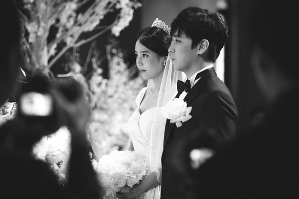 [141213] SungMin's Wedding - Página 3 160516wed08_zps8hfyieev
