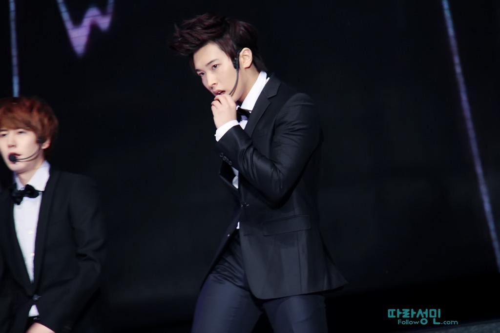[110816] Sungmin~ Beijing Fan Meeting - Página 4 FOLLOW01_zpsrxyslhbb