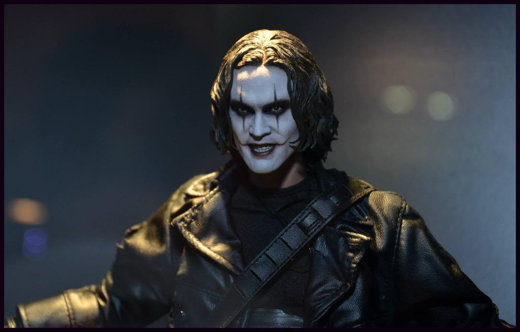 THE CROW - ERIC DRAVEN (MMS210) Crow_zps7b714453