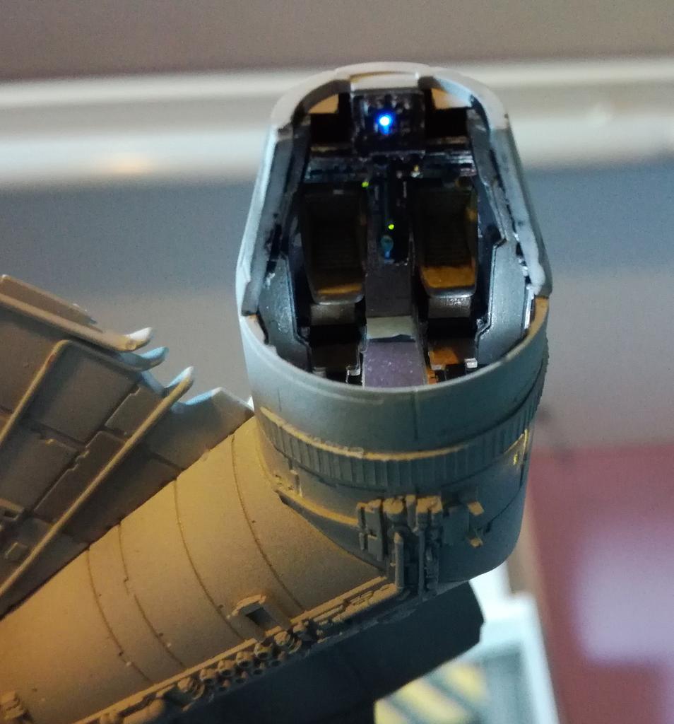 Falcon 1/144 Poste2_zps4ullq63e