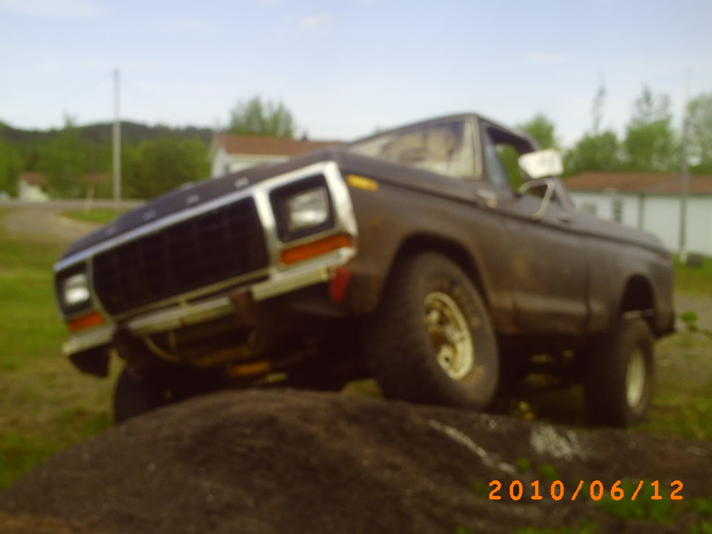'79 bronco from Newfoundland, Canada  PICT0216