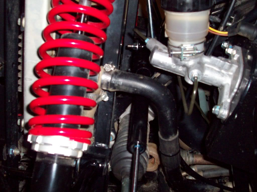 Added the steering stabilizer Rhinosteeringstabilizer001