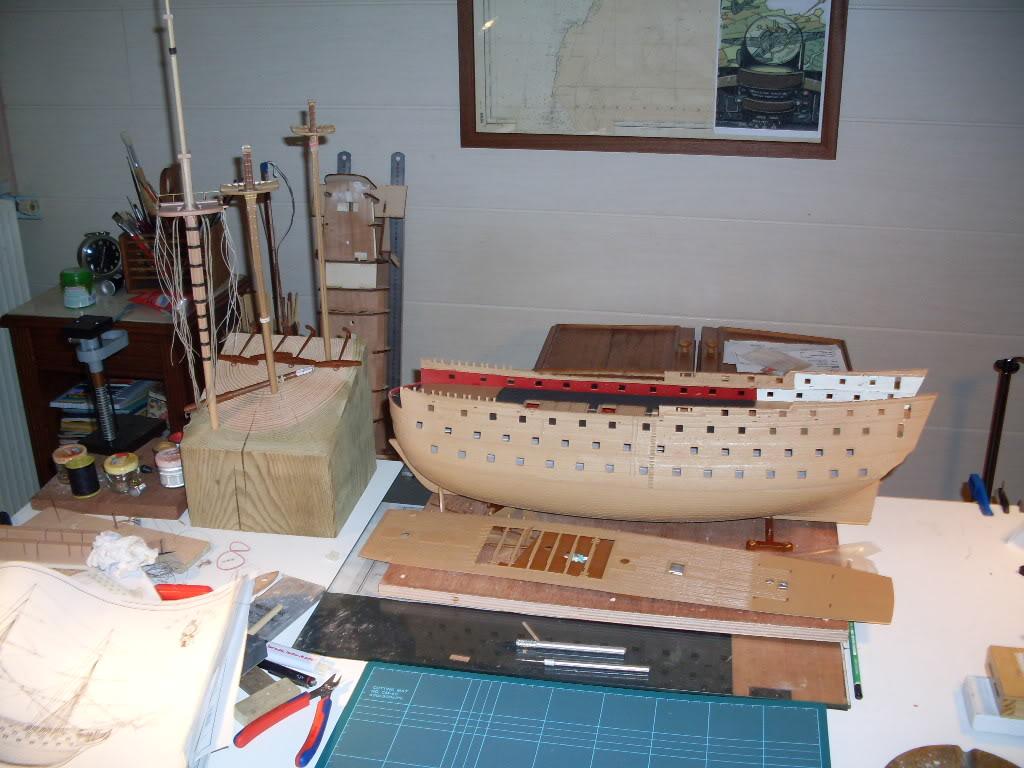 HMS VICTORY Heller 1/100 SDC10429