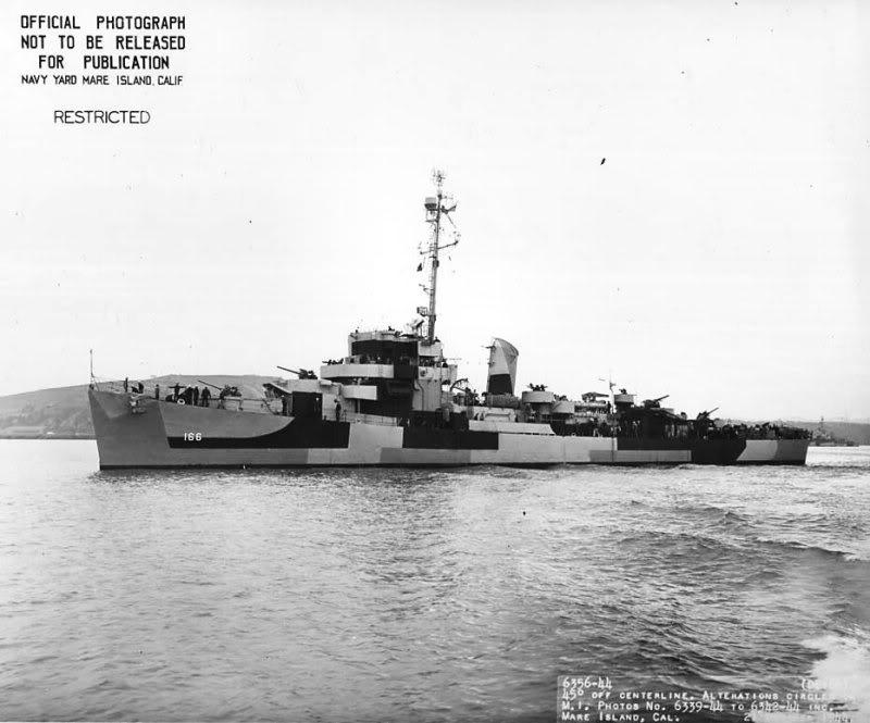Quel est ce navire ! USSBARONDe166