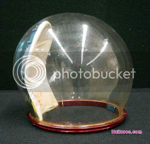 Thư viện mũ bảo hiểm đặc sắc nhất thế giới ^^! 137190main_Apollo_helmet_me