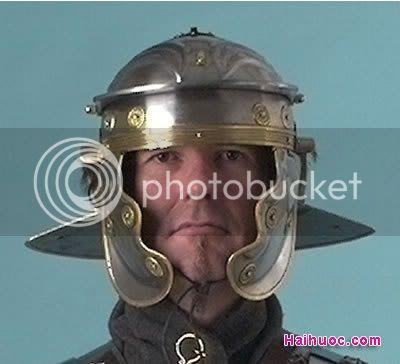 Thư viện mũ bảo hiểm đặc sắc nhất thế giới ^^! Legionary_helmet