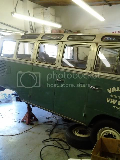 The Velvet Thread - my '66 21-window bus project - Page 6 0216121217