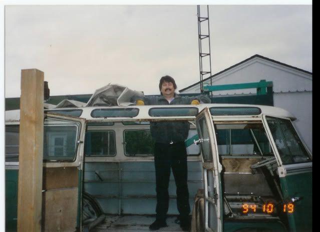 The Velvet Thread - my '66 21-window bus project - Page 6 23window1