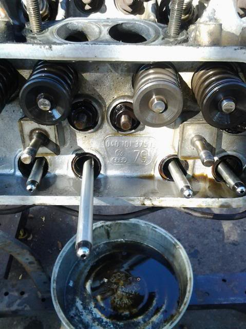 30 year old engine - built and rebuilt by Vallero's VW Werks 20130928_100053