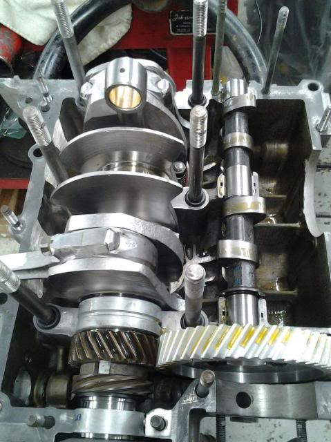 30 year old engine - built and rebuilt by Vallero's VW Werks 20131203_114203