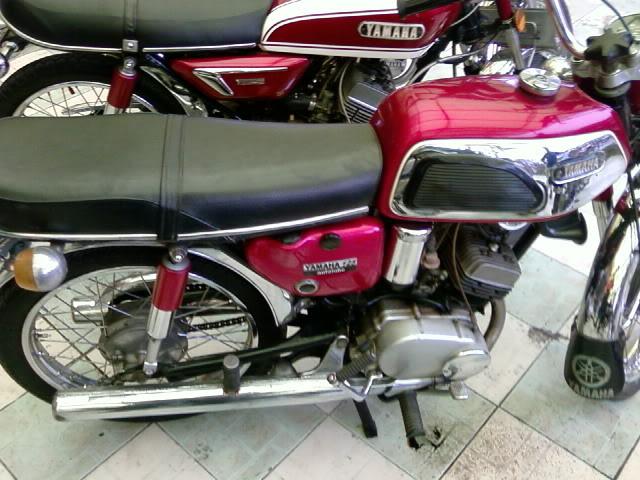 Motor KLASIK (jadul) mana yang paling LANGKA dari semua koleksi bro kita ini? hayoo sapa bisa jawab :) 20080901095634