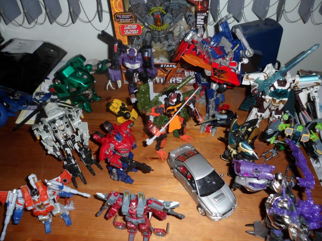 Guerres Transformers! Montrez-moi vos batailles et guerres épiques en photo ici. - Page 5 SAM_5190