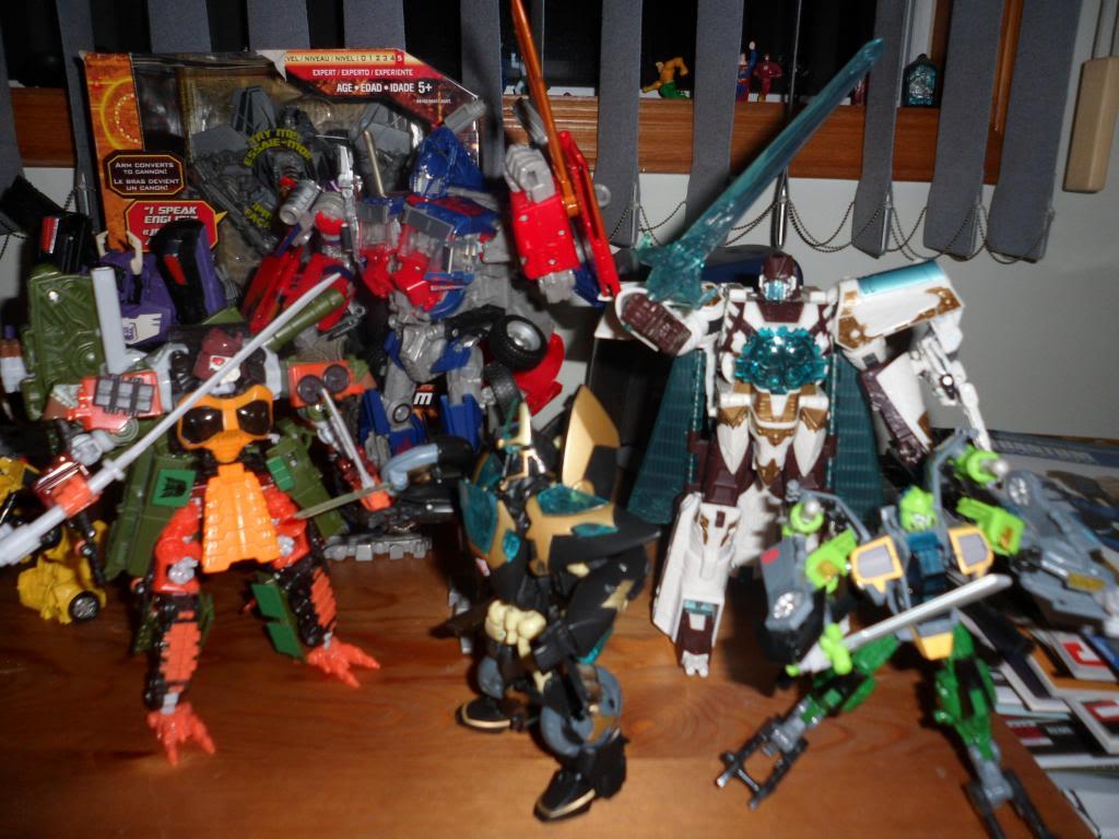 Guerres Transformers! Montrez-moi vos batailles et guerres épiques en photo ici. - Page 5 SAM_5199