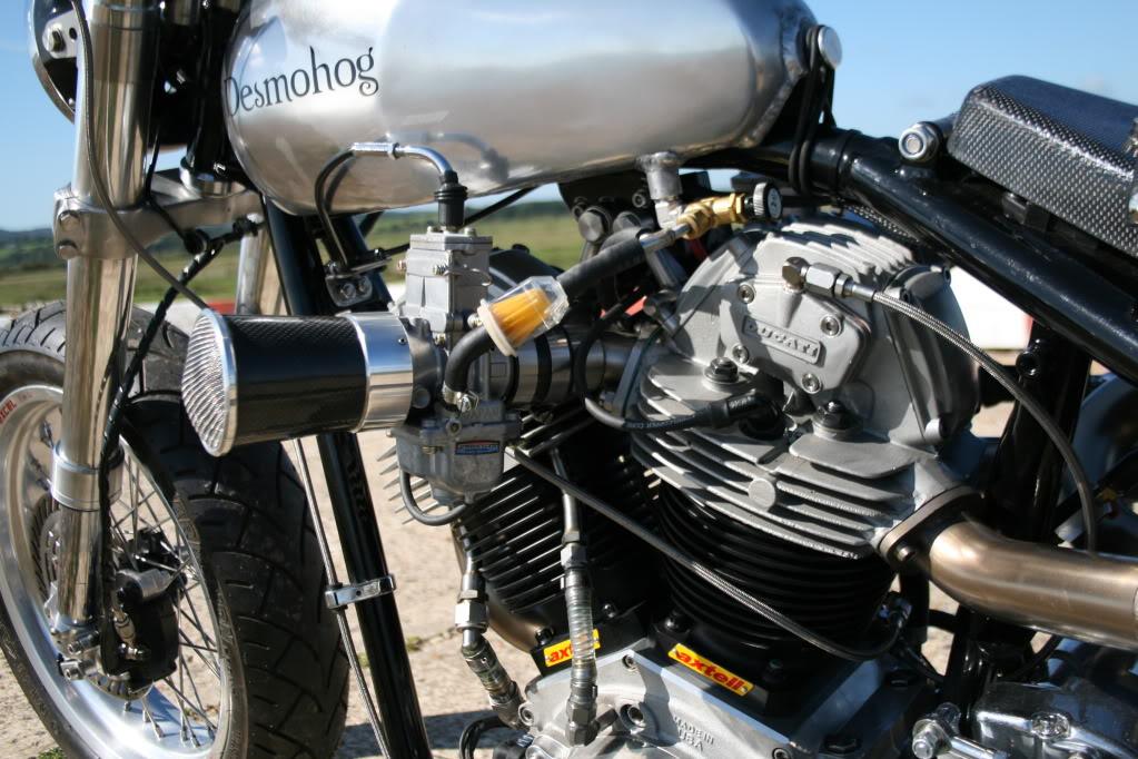Desmo-Harley - Chris Barber. IMG_6058