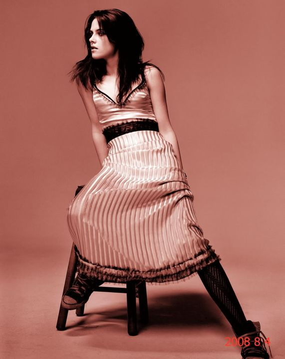 |*| The Beautiful Kristen Stewart Photo Thread |*| Kristenenrosa