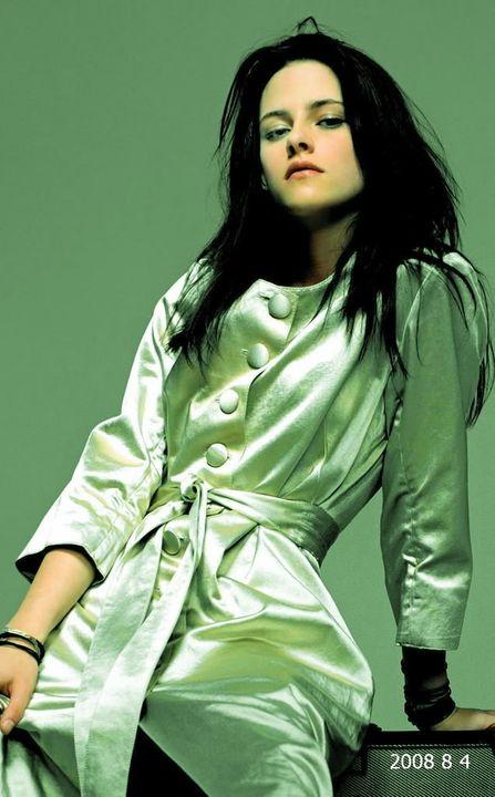 |*| The Beautiful Kristen Stewart Photo Thread |*| Img-471a18a9e65bc2