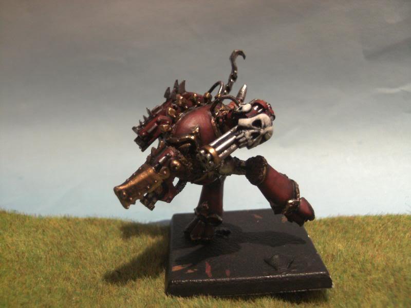Feral Titans, peints et non soclés BILD0619