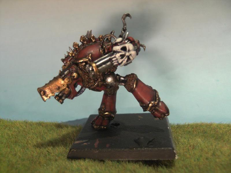Feral Titans, peints et non soclés BILD0635
