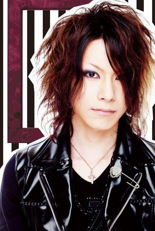 Takuya [guitar] L_13588a4360764722ac7f1cd57bda5a06