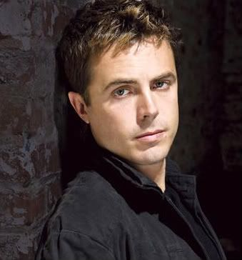 Double-Double Crossed Casey_affleck_wideweb__470x3652-1