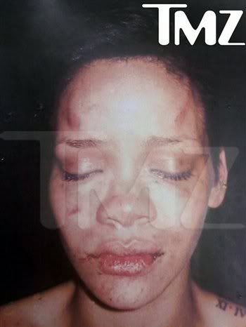 Chris Brown & Rihanna 74d5c5e0-199f-4fe2-8fdc-178a41eb64c