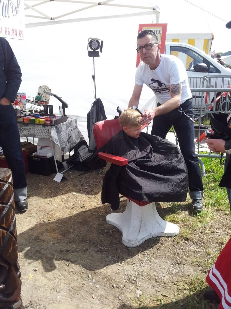 1ier EUROPEAN H0T R0D & Custom Show sur Chimay! 23-24/6/2012 - Page 9 2012-06-23111352