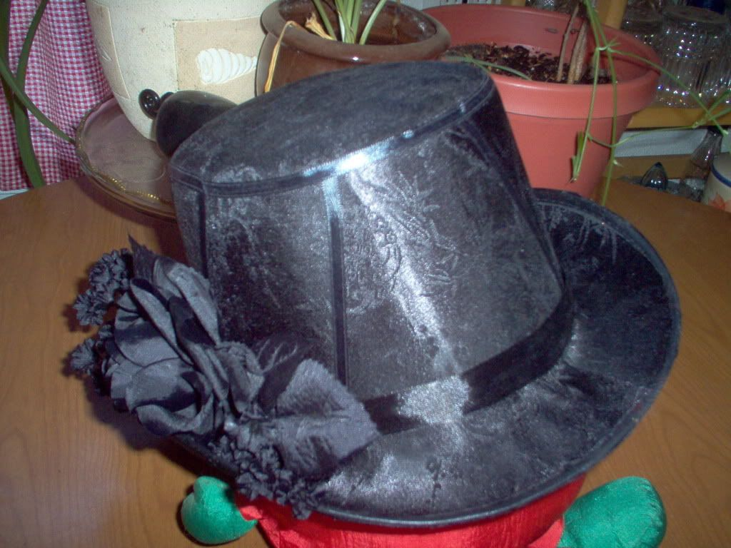 Customized Top Hat Blacktrimfront