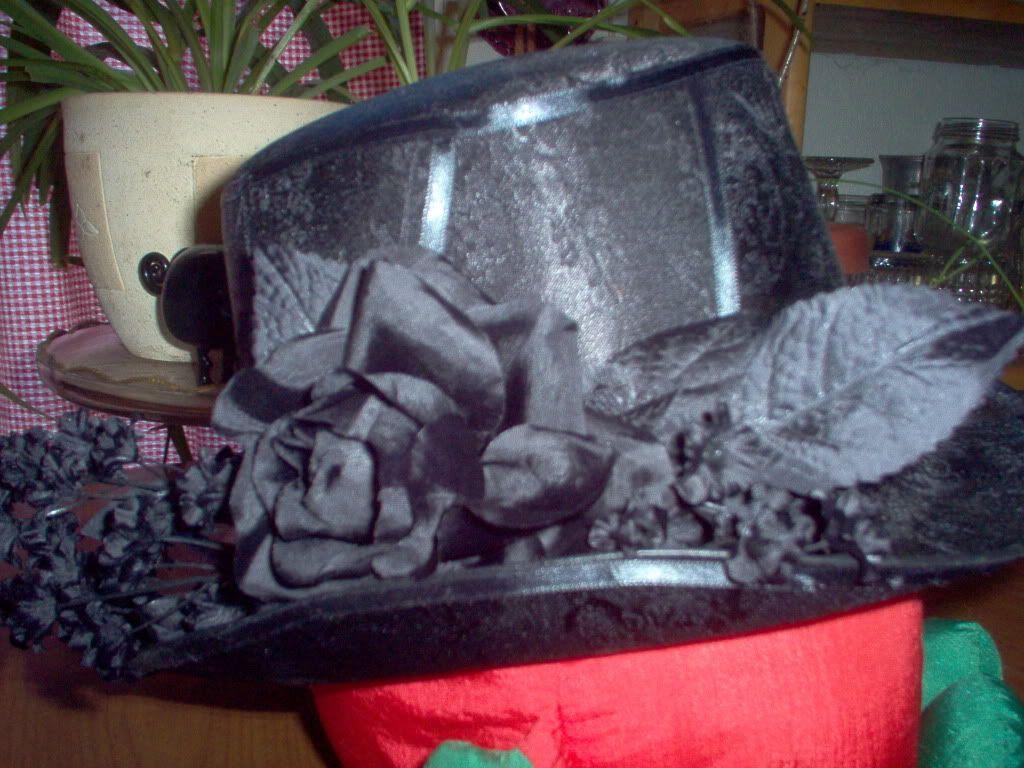 Customized Top Hat Blacktrimhat