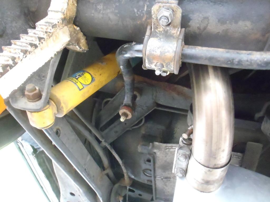 Ford sway bar on a B-body Wagon P4210396