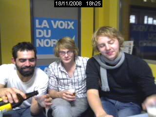 Interviews du groupe (vidéo, audio ou écrites) - Page 2 Cam32