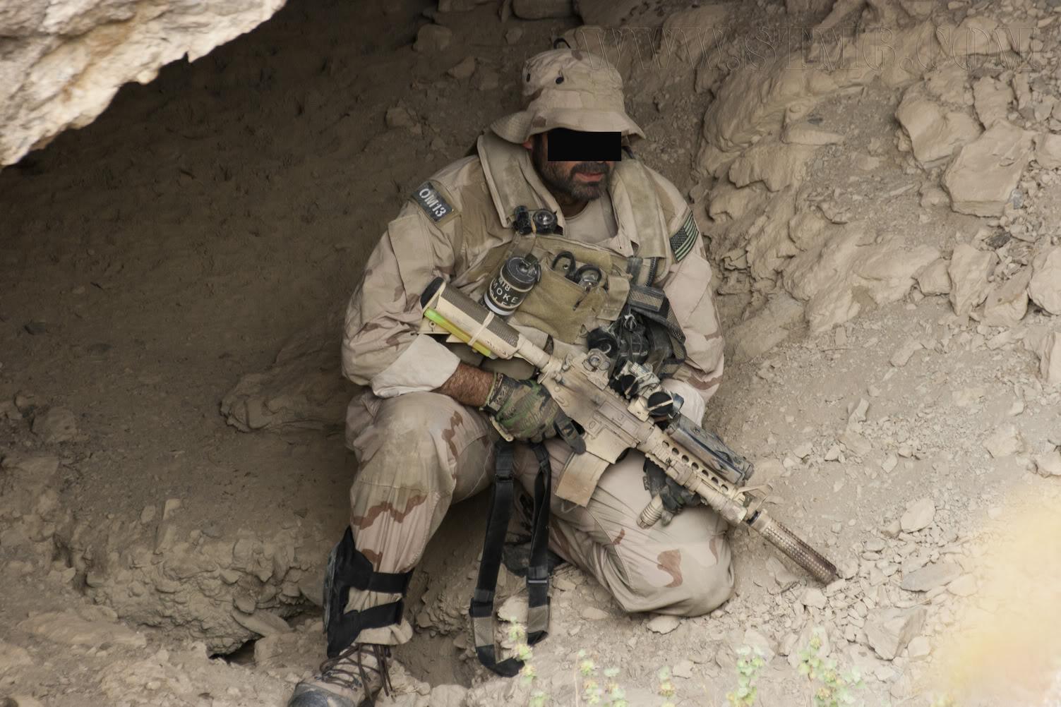 The Fallen Warriors - In honour of the fallen in OP. RW.  Reenactment moderno 2005 D9c1e4e6
