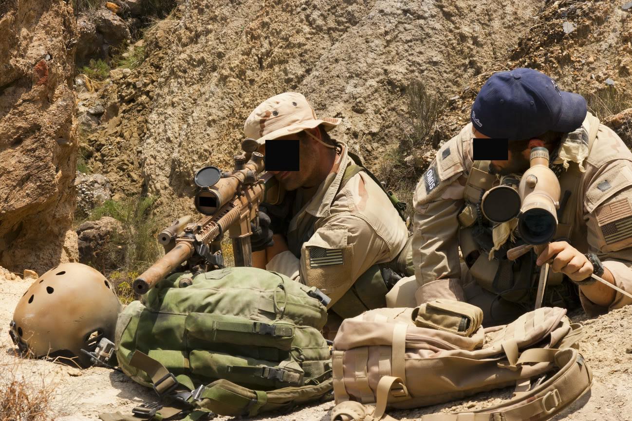 The Fallen Warriors - In honour of the fallen in OP. RW.  Reenactment moderno 2005 E2ada4b0