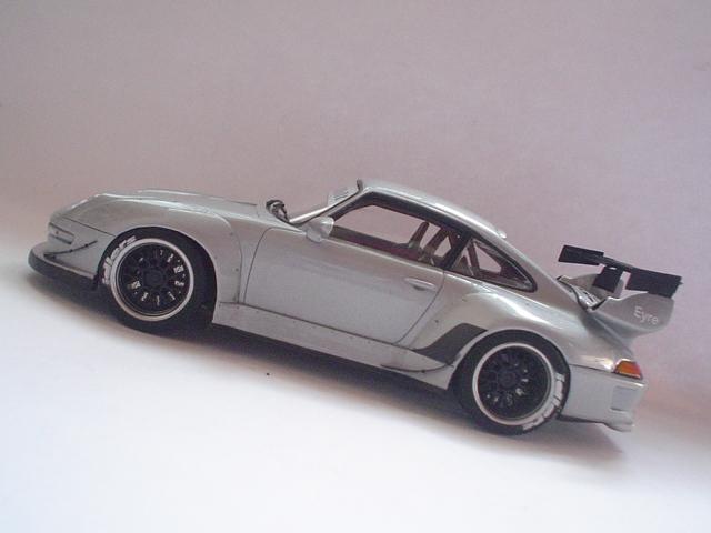 Porsche 993 RWB Modelismo2012196