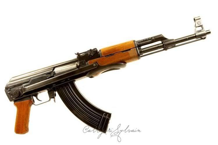 FAMAS : de nouveaux prétendants au remplacement. - Page 3 Fusil-Assaut-Ak47-kalashnikov-10