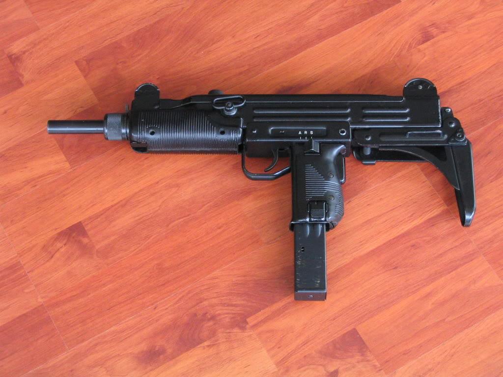 Uzi Arme1174