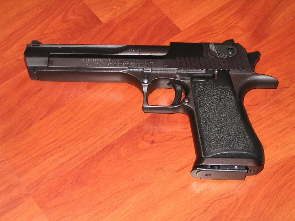Desert Eagle en .357 mag Arme121