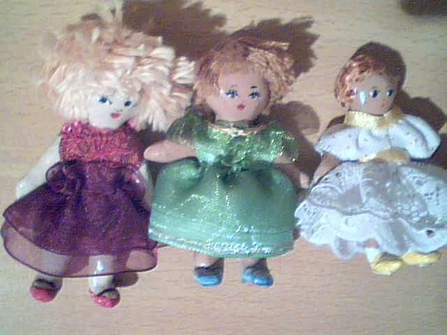Poupées miniatures 2008-04-05-74362