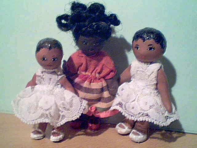 Poupées miniatures 2008-04-05-75008