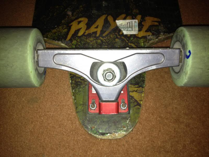 [A VENDRE] RONIN precision trucks, RAYNE KILLSWITCH, wheels 2013-09-04210148_zps978d5580