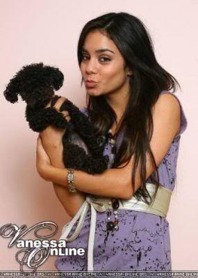 Vanessa i njen pas Shadow V44-2