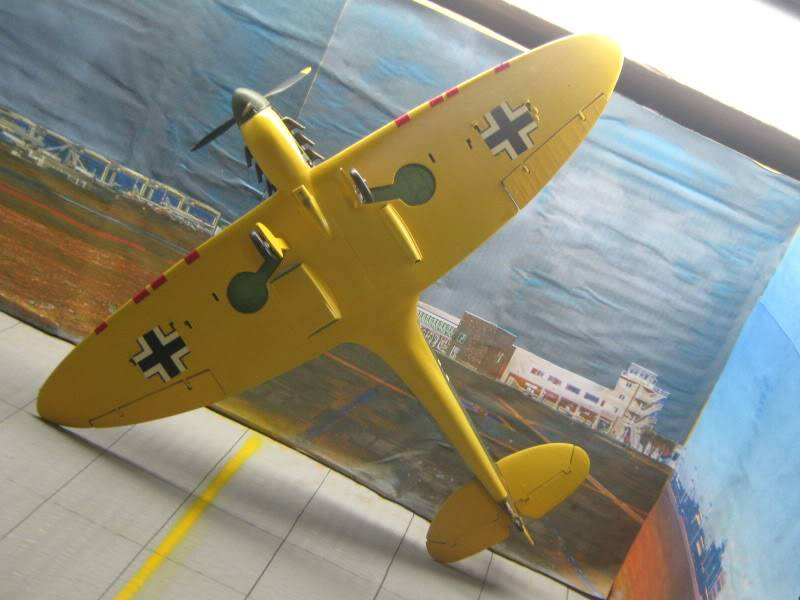 Spitfire MK I Revell 1/32 Captured by Nazi's IMG_3291