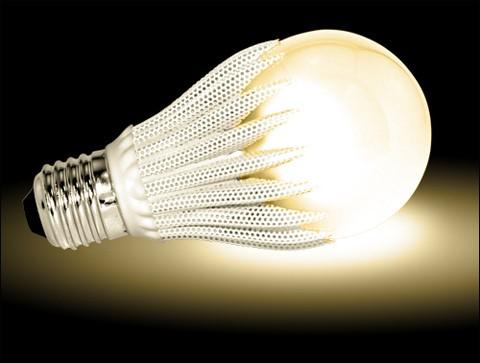 Décès de l'ampoule du reportage :( Geobulb_led_light_bulb_20090330