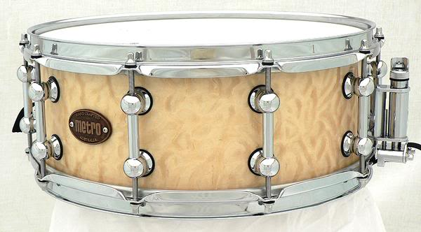 Metro Drums. L_50f01884530d55c4d0c7b1b04e5c0df7