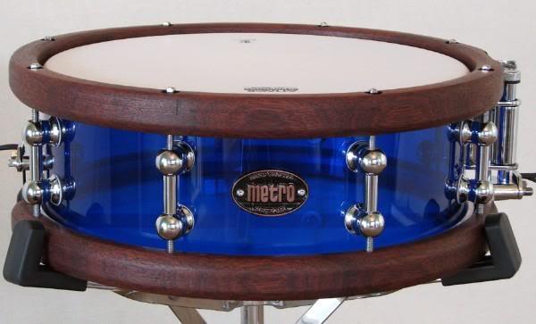 Metro Drums. L_7111e7c83b3d6f25c23c085ccad69a4c