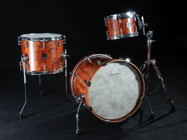 Metro Drums. - Page 3 Julian2