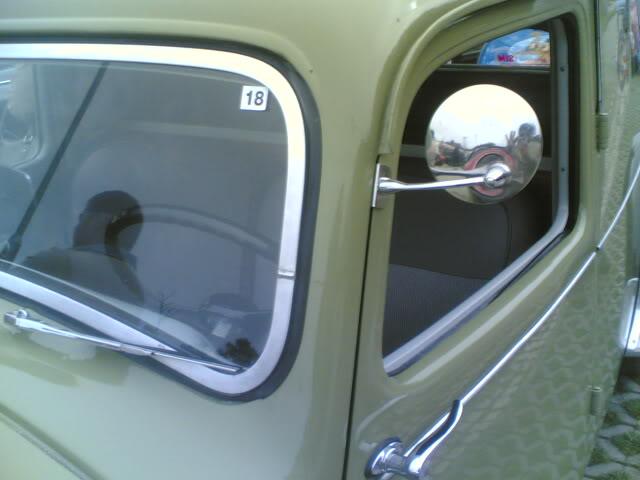1ª Mostra de automoveis Clássicos (Aprha) Aroeira 14112009033